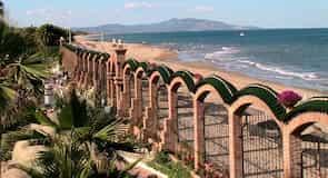Les Amplaries Beach