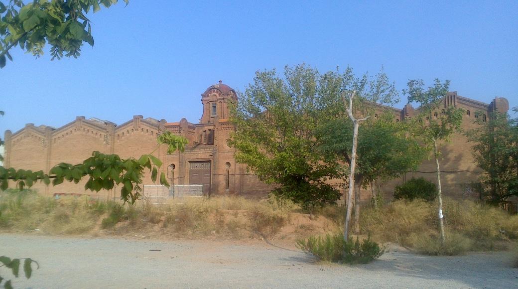 """Foto """"Cornellà de Llobregat"""" de Cilindr0 (page does not exist) (CC BY-SA) / Recortada de la original"""