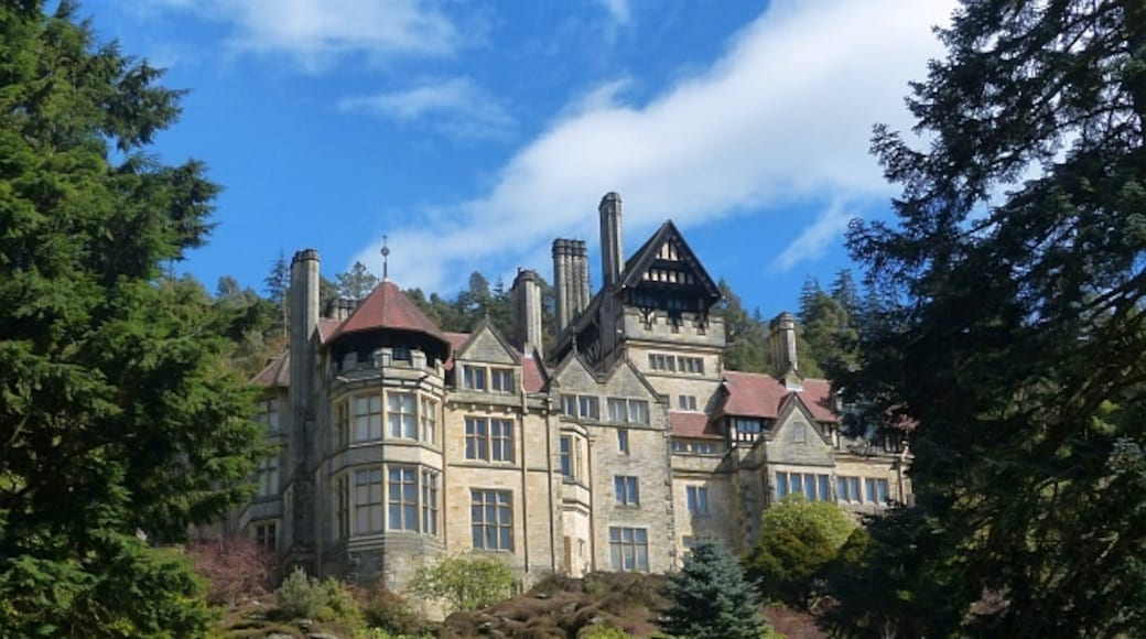 """Photo """"Cragside"""" by Robin Drayton (CC BY-SA) / Cropped from original"""