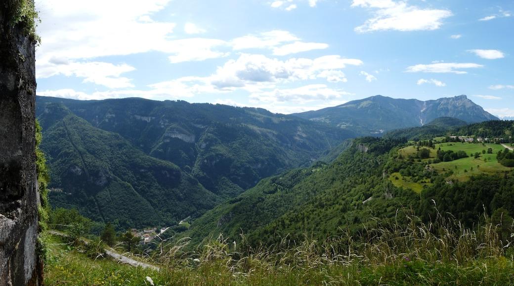 """Foto """"Skigebiet Folgaria"""" von Ianezz (CC BY-SA)/zugeschnittenes Original"""