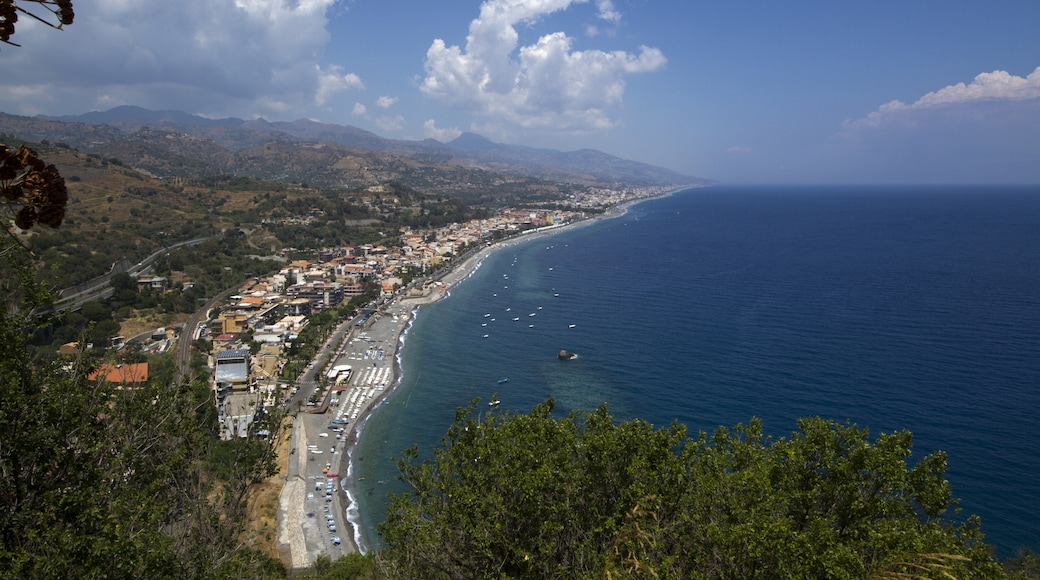 """Photo """"Sant'Alessio Siculo"""" by trolvag (CC BY-SA) / Cropped from original"""