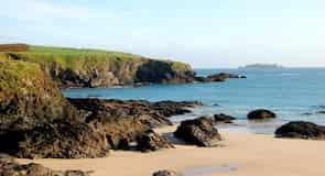 Pantai Harlyn Bay