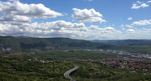 Servola-Kjarbola-Valmaura-Borgo Sanserdžo