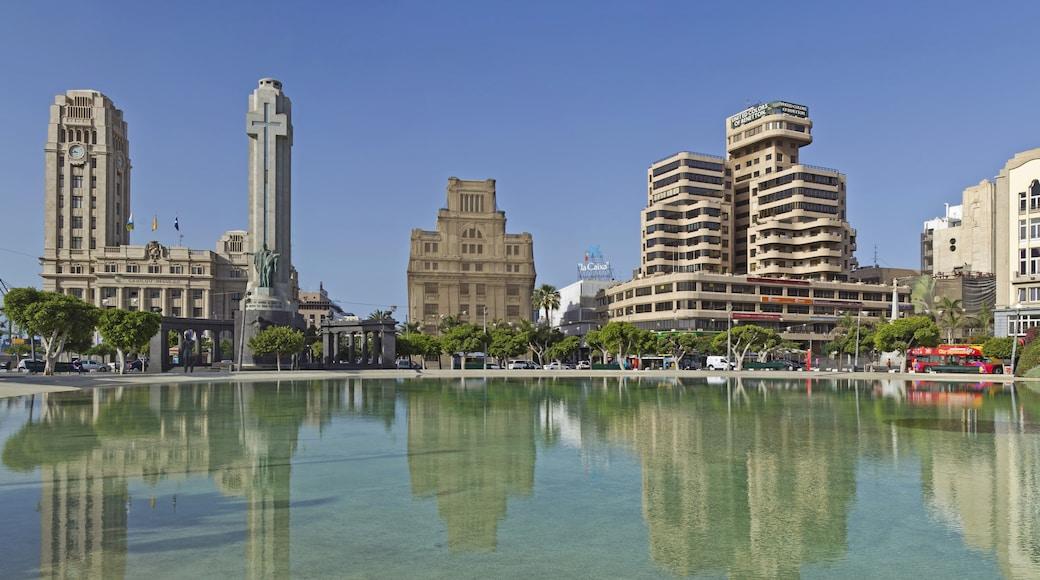 """Foto """"Plaza de España"""" von Koppchen (CC BY)/zugeschnittenes Original"""