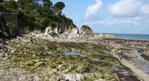 Lee Beach