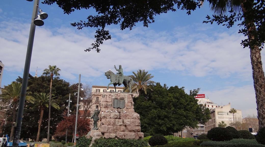 "Foto ""Plaza de España"" de Foto Fitti (CC BY-SA) / Recortada de la original"