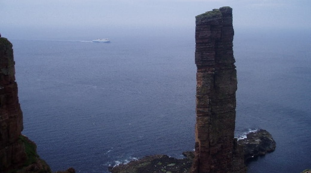 """Photo """"Old Man of Hoy"""" by Shirley Grant (CC BY-SA) / Cropped from original"""