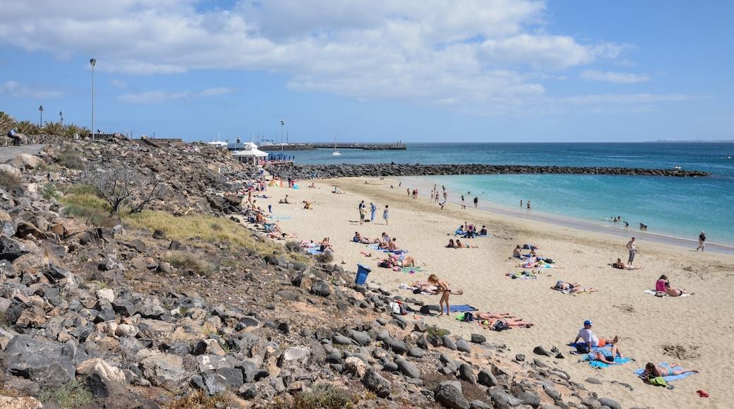 """Foto """"Strand Dorada"""" von Cayambe (CC BY-SA)/zugeschnittenes Original"""