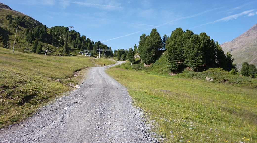 "Photo ""Obergurgl-Hochgurgl Ski Area"" by Kulmalukko (CC BY-SA) / Cropped from original"