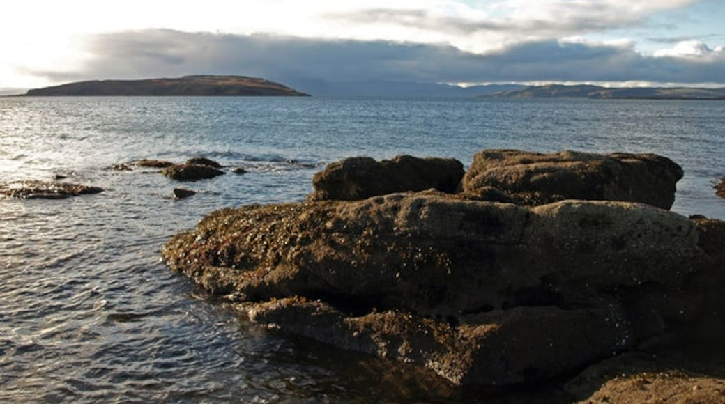 """Photo """"Millport"""" by wfmillar (CC BY-SA) / Cropped from original"""