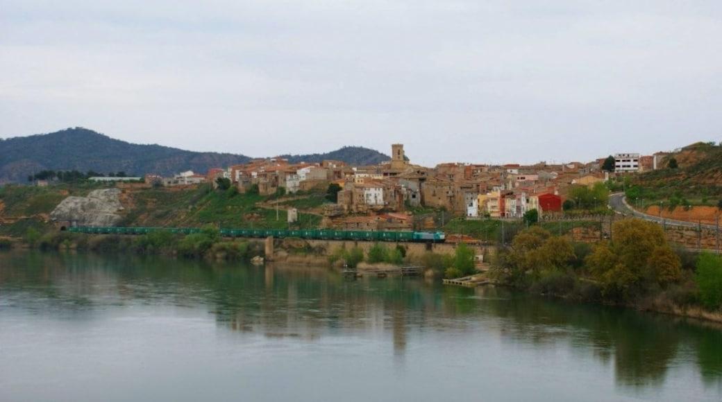 """""""Riba-Roja d'Ebre""""-foto av eldelinux (CC BY) / Urklipp från original"""