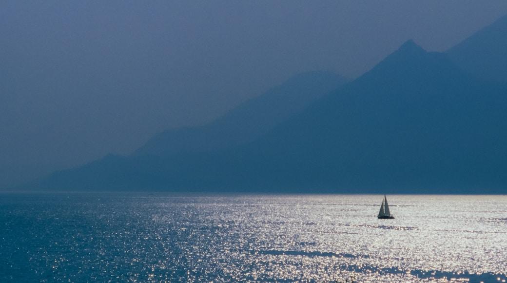"Photo ""Brenzone sul Garda"" by F. Riedelio (CC BY-SA) / Cropped from original"