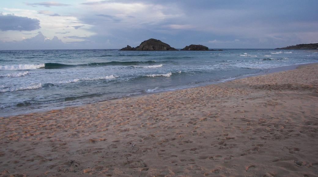 """ภาพ """"หาด Baia Chia"""" โดย gian luca bucci (CC BY) / ตัดภาพจากขนาดต้นฉบับ"""