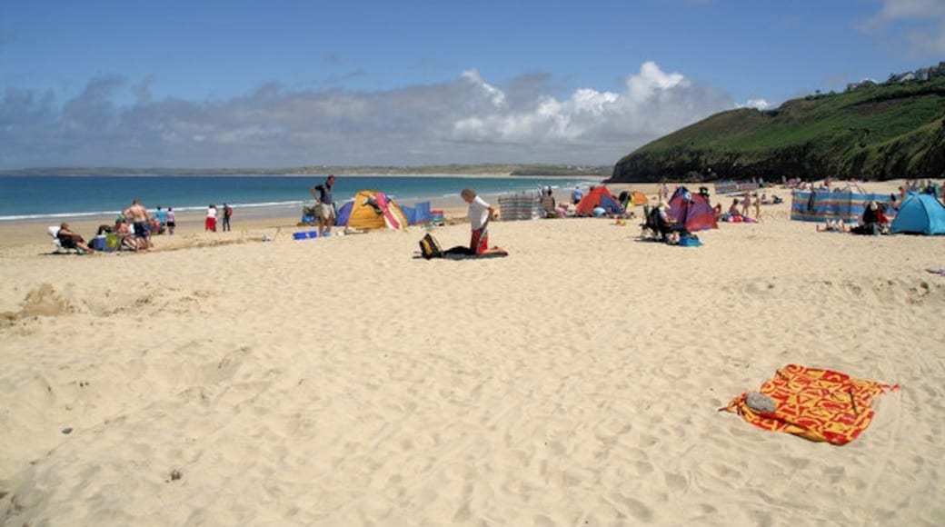 """Photo """"Carbis Bay Beach"""" by Pierre Terre (CC BY-SA) / Cropped from original"""