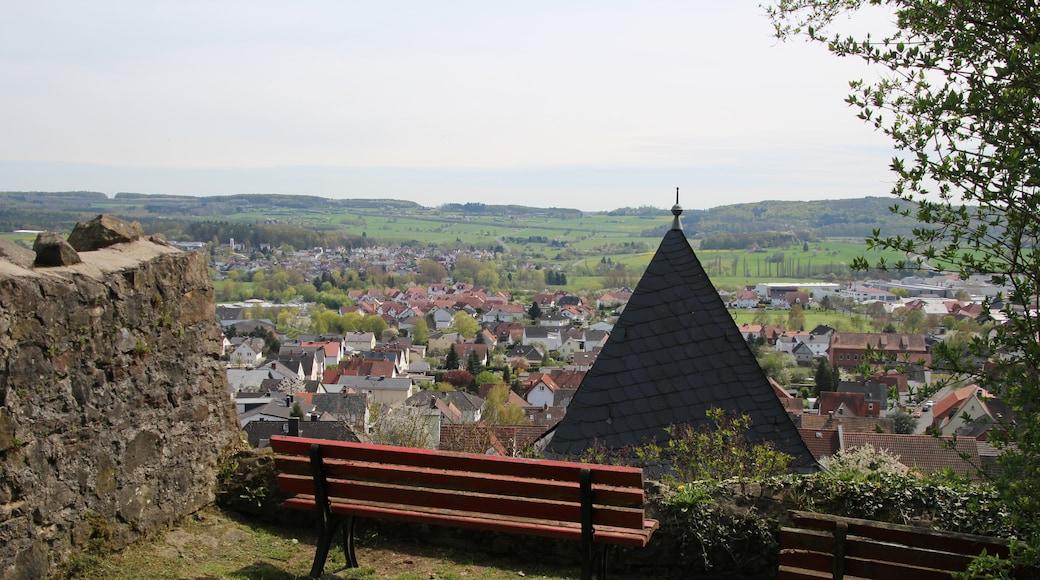 """Foto """"Staufenberg"""" von GR Second Life (CC BY-SA)/zugeschnittenes Original"""