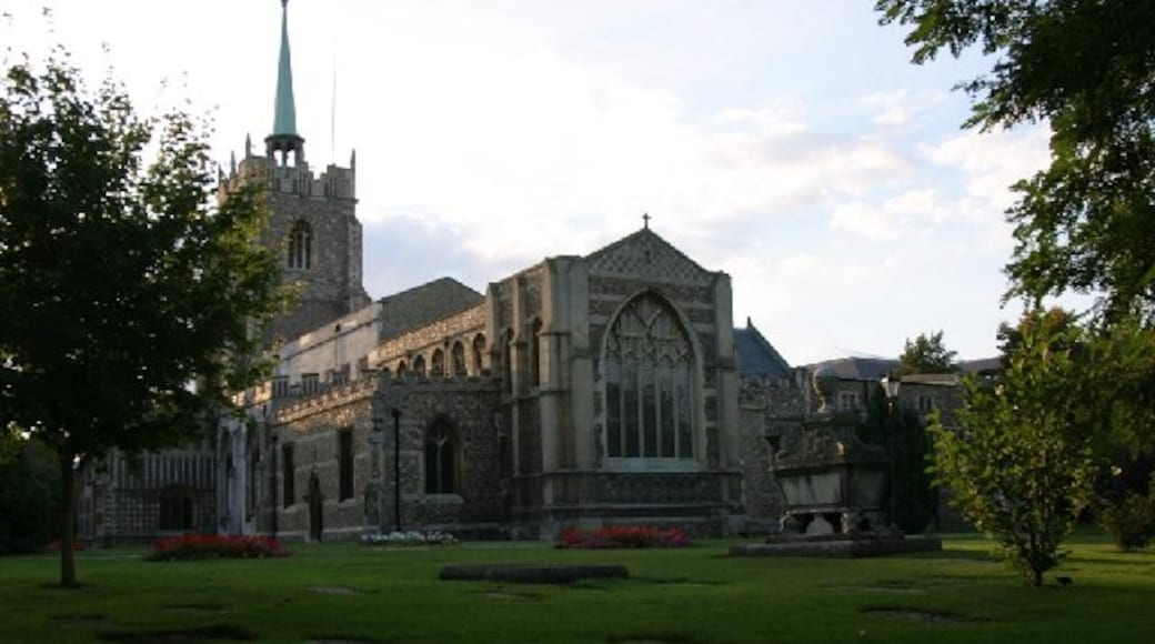 """Photo """"Chelmsford Cathedral"""" by Andrew Pickess (CC BY-SA) / Cropped from original"""