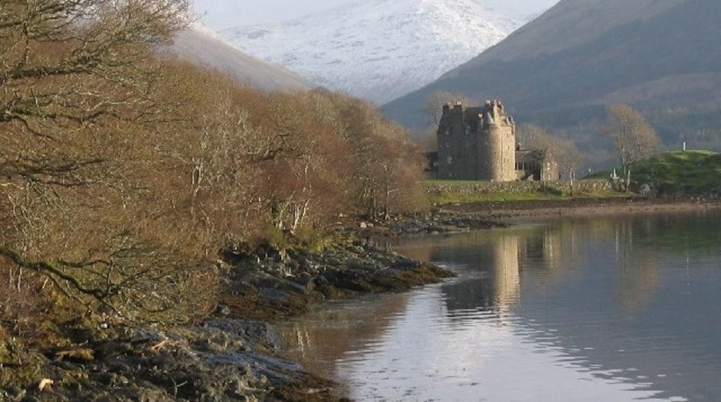 "Photo ""Loch Fyne"" by Brian D Osborne (CC BY-SA) / Cropped from original"