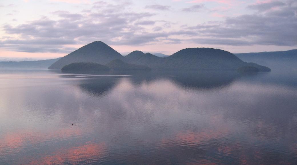 Lac Toya, Hokkaido, Japon