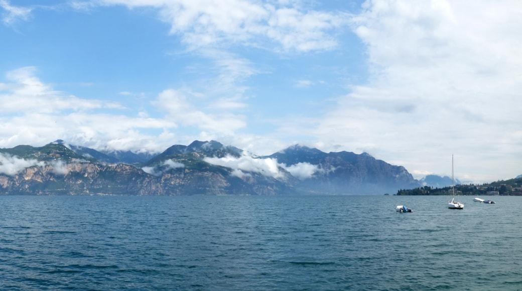 "Photo ""Brenzone sul Garda"" by Tony Hisgett (CC BY) / Cropped from original"