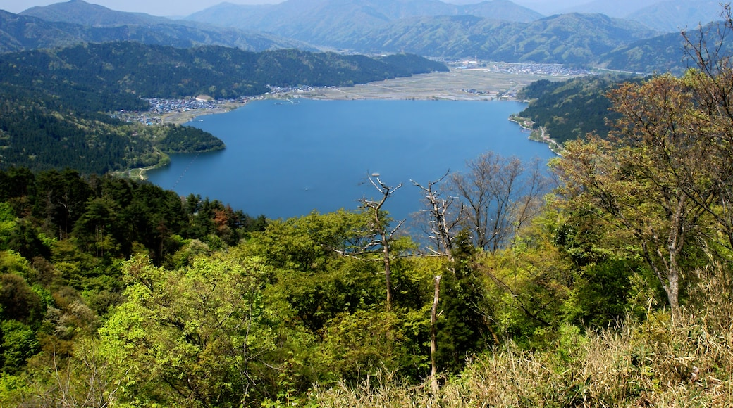 "Photo ""Nagahama"" by 663highland (CC BY) / Cropped from original"