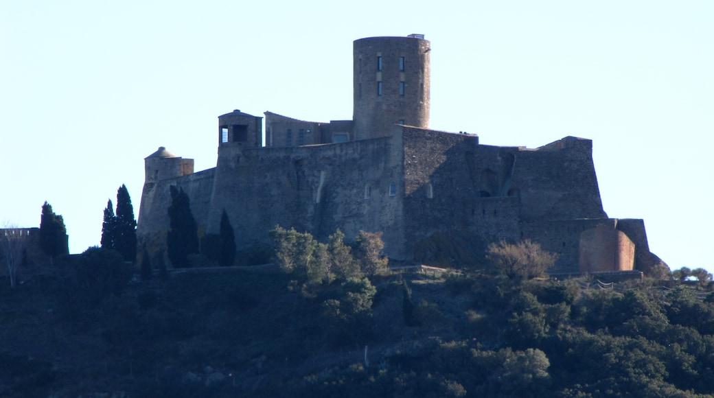 "Foto ""Fort Saint-Elme"" von Fildefer (page does not exist) (CC BY-SA)/zugeschnittenes Original"
