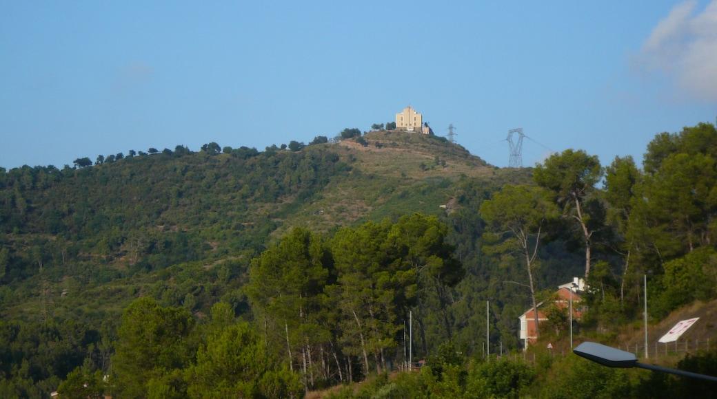 "Photo ""Sant Climent de Llobregat"" by Pere prlpz (CC BY-SA) / Cropped from original"