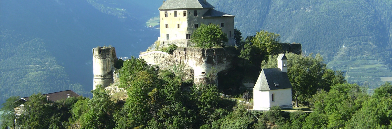 Laces, Italija