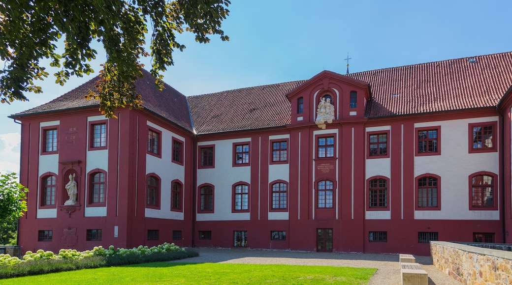 """Foto """"Schloss Iburg"""" von J.-H. Janßen (CC BY-SA)/zugeschnittenes Original"""