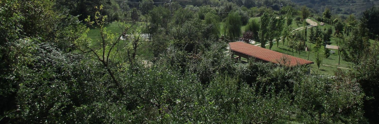 Castellafiume, Italia