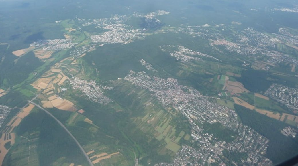 """Photo """"Bad Soden am Taunus"""" by Lewis Clarke on geo.hlipp.de (CC BY-SA) / Cropped from original"""
