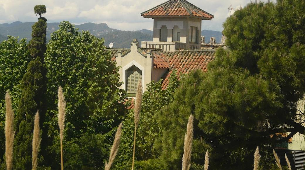 «Sant Joan Despí», photo de Pere prlpz (CC BY-SA) / rognée de l'originale