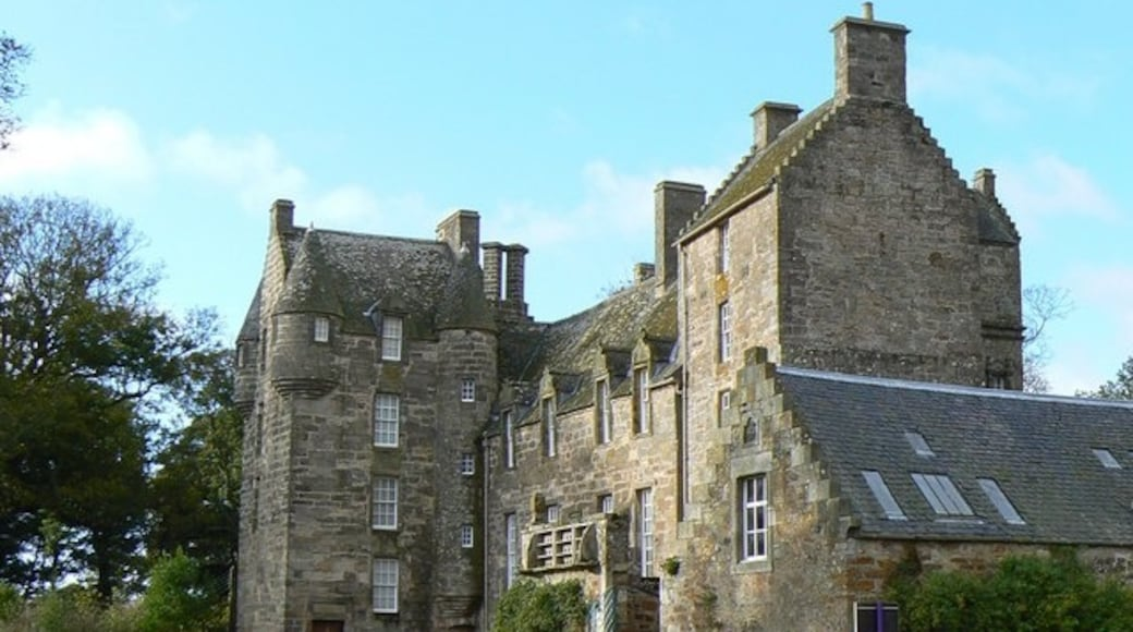 """Photo """"Kellie Castle"""" by James Allan (CC BY-SA) / Cropped from original"""