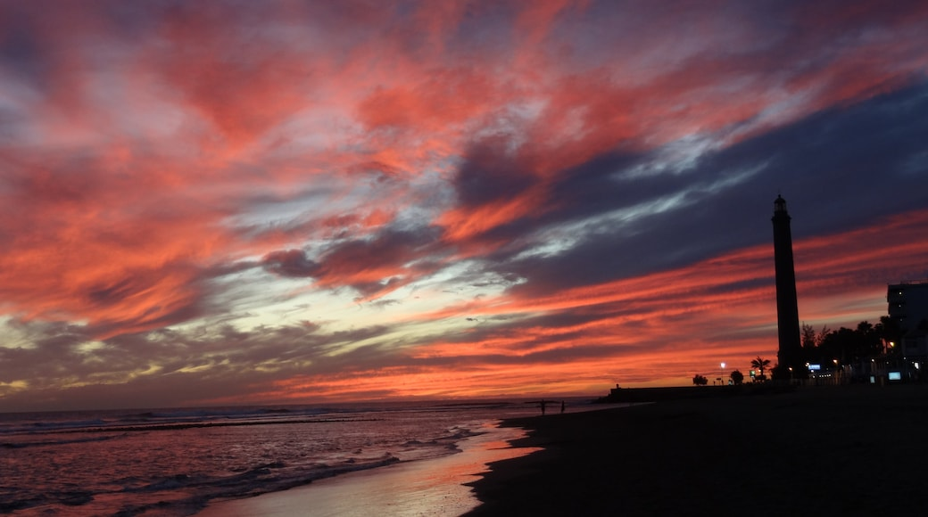 """Foto """"Strand von Maspalomas"""" von Lamm1970 (page does not exist) (CC BY)/zugeschnittenes Original"""