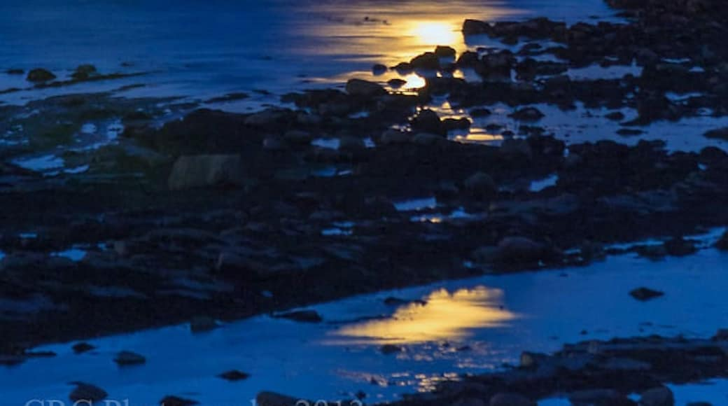 """Photo """"Billow Ness Beach"""" by Chris Combe (CC BY) / Cropped from original"""