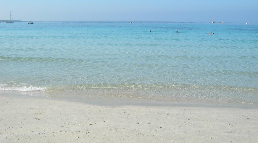 """Foto """"Spiaggia Putzu Idu"""" di Andrea Perino (CC BY) / Ritaglio dell'originale"""