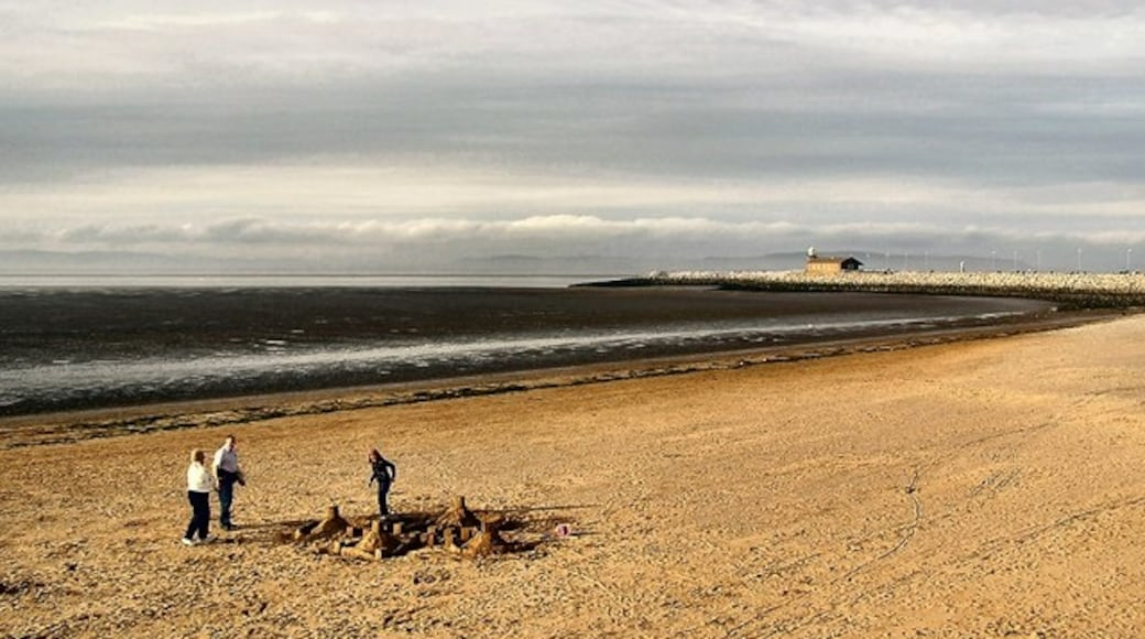 """Photo """"Morecambe Beach"""" by Arnold Price (CC BY-SA) / Cropped from original"""