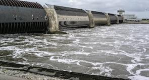 Плотина на реке Айдер