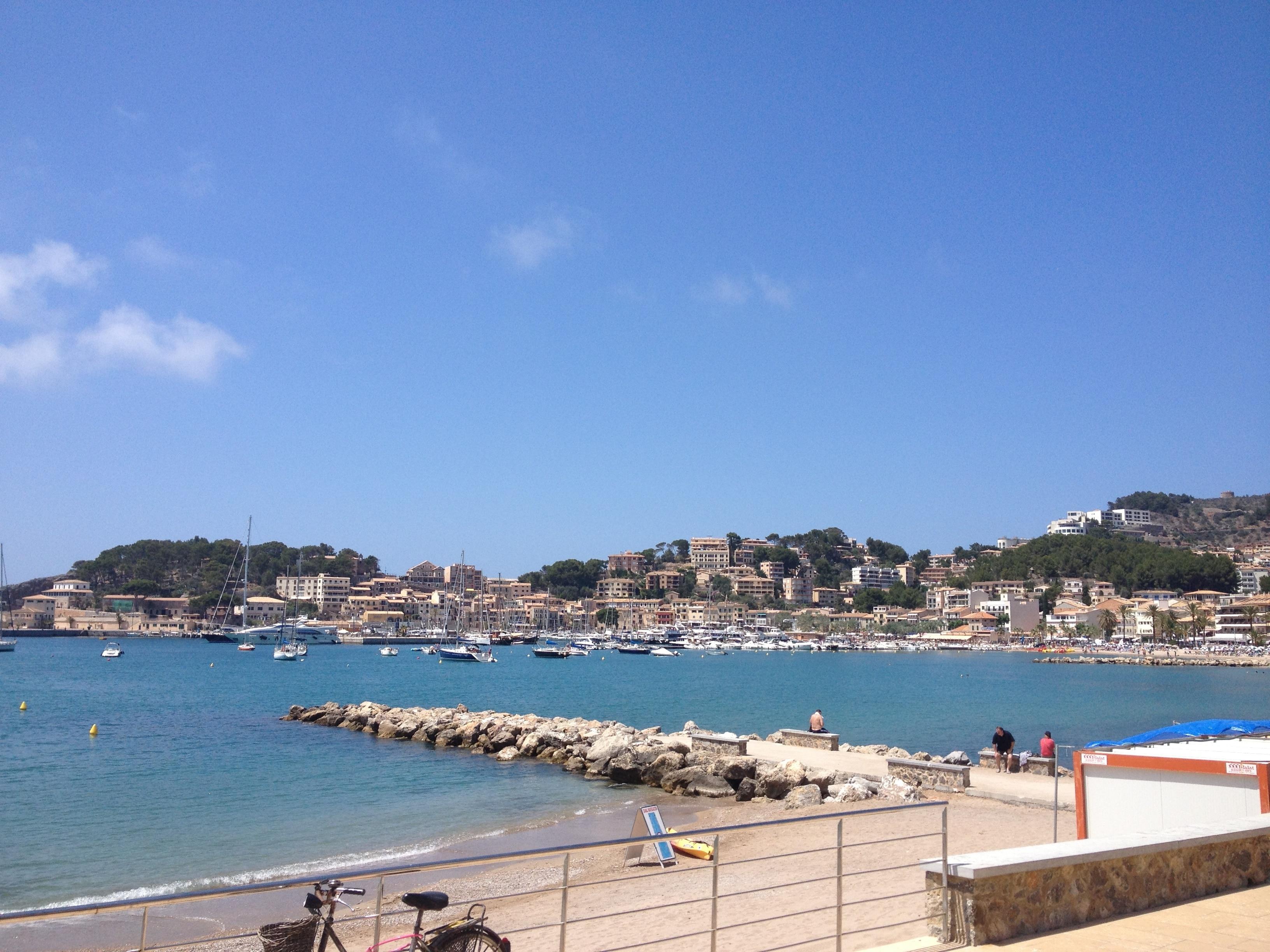 Playa de Port de Sóller, Soller, Balearic Islands, Spain