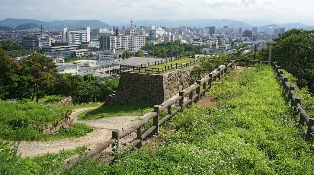 663highland (CC BY) 的「鳥取城」相片 / 裁剪自原有相片