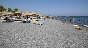 Kamari paplūdimys