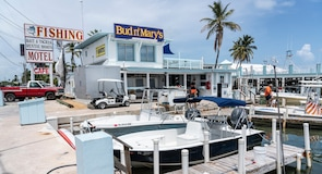 Bud n' Mary's Dive Center