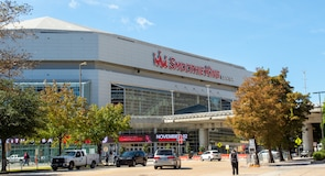 "Arena ""Smoothie King Center"""