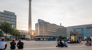 אלכסנדרפלאץ
