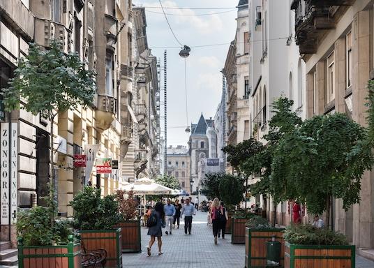Centrala Budapest, Ungern