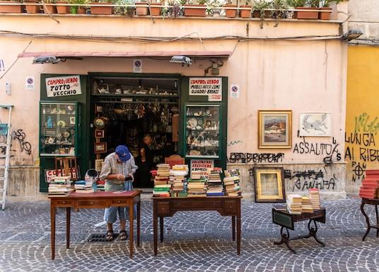 เนเปิลส์, อิตาลี