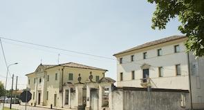 Uluslararası Amleto ve Donato Sartori Maske Müzesi