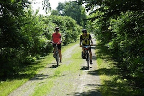 Erie Shores and Pelee Cycle Tour