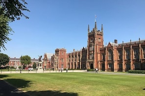 ArchiPedia Queen's University Belfast Walking Tour