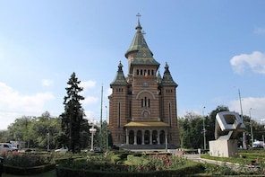 Private transfer tour to Timisoara with sightseeing