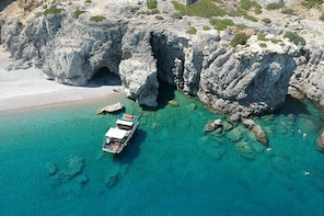 Sun & Sea All-inclusive 3 hour Swimming Cruise (WITH PICK UP SERVICE)